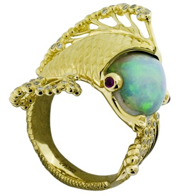 Кольцо с бриллиантами, рубинами и опалом, Золото 750